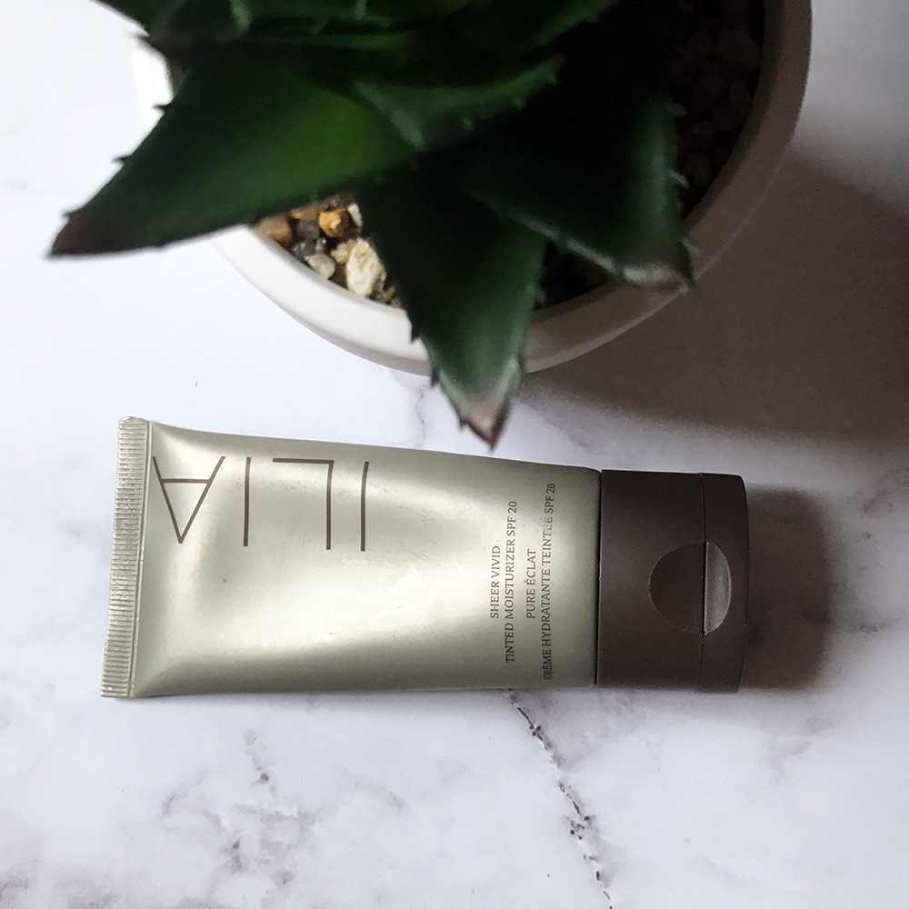 Ilia Sheer Vivid Tinted Moisturizer SPF 20 Review